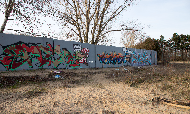 Tobo Erik Rotheim Graffiti Streetart Epik Tcr The canion rock Canion Berlin Fino QB Heks Sime OH crew love Beusselstraße Hall of Fame am Wasser Vacation Mood Tegel Style