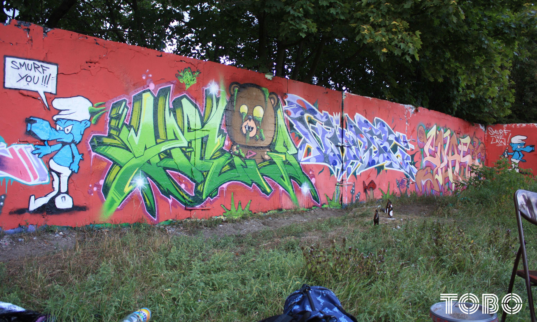 tobo erik rotheim graffit streetart urban art birt bust cys pheps mrb b2s javon surf smurf sipe saik the buddys tods curse rase heps splash heve biesdorf hall of fame legale wand smurf the law